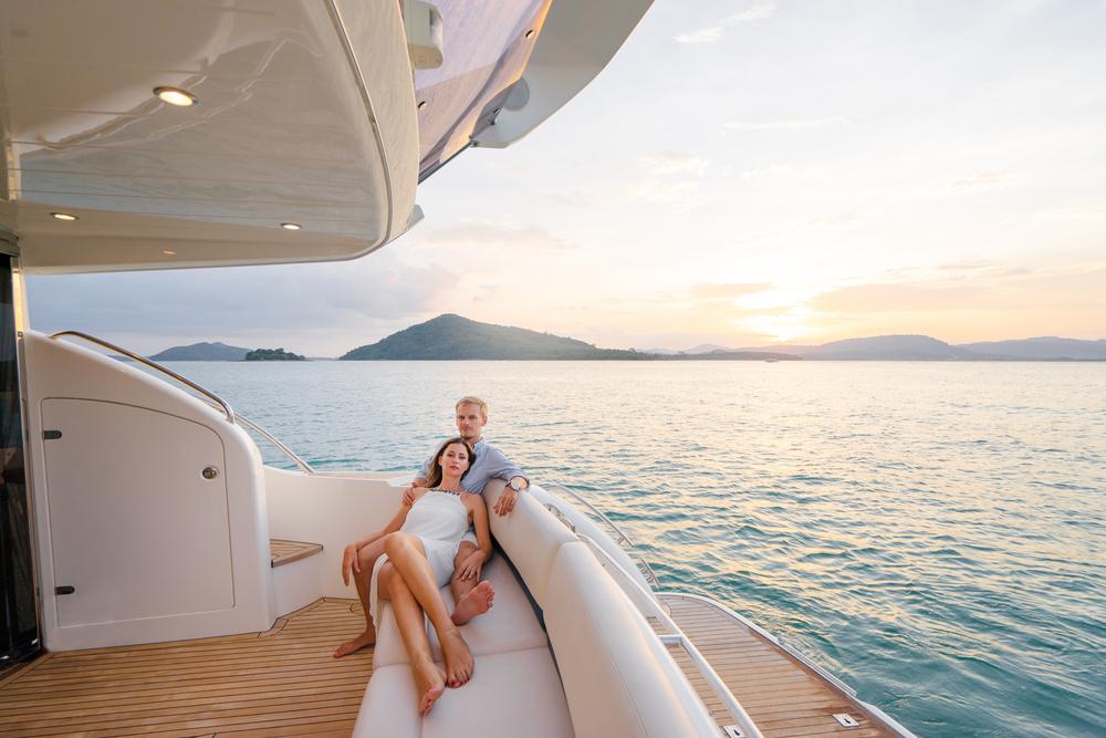 romantic yacht charter