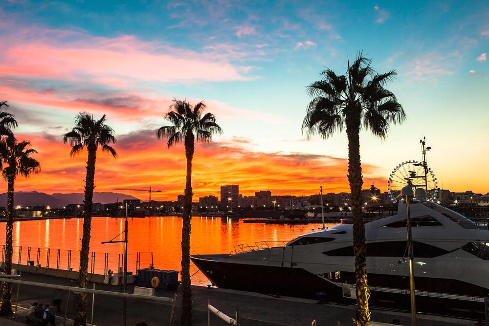 luxury yacht charter Florida